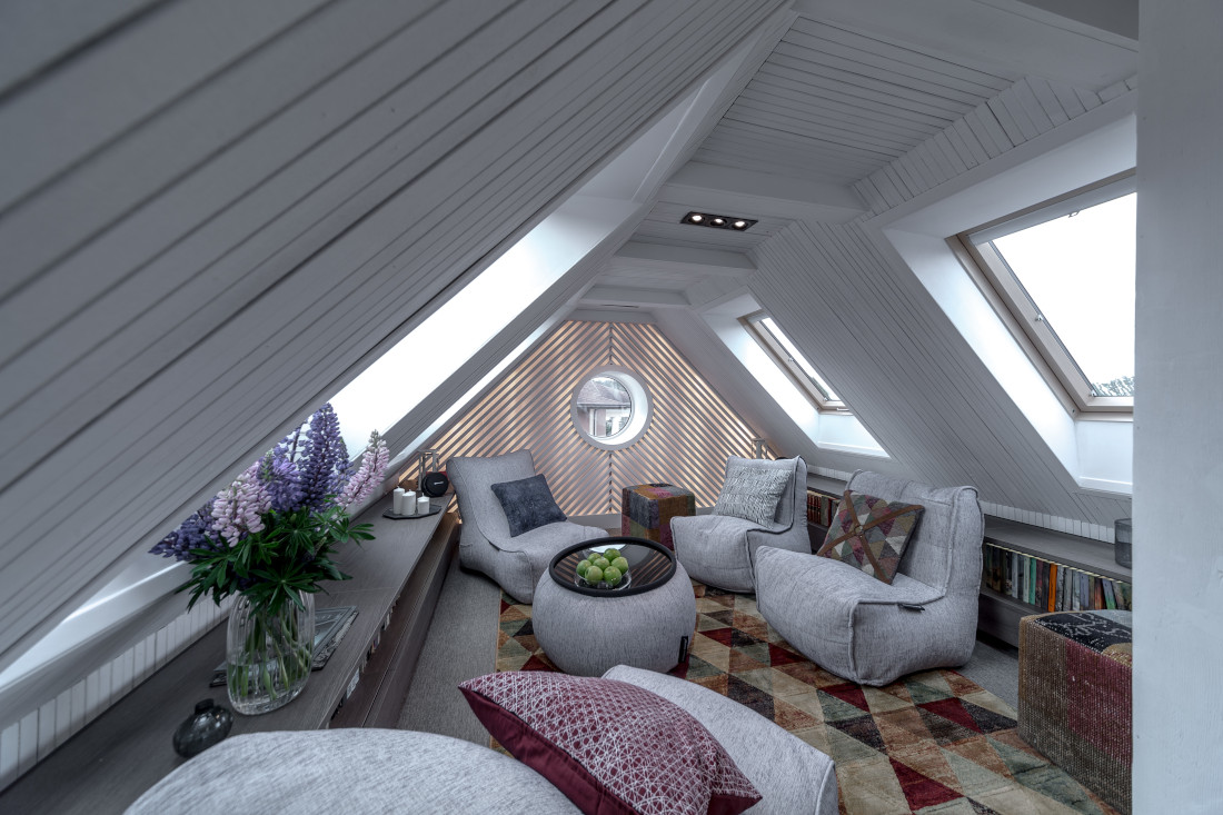 Best Room Design In The Attic - Simple and Modern Room Design