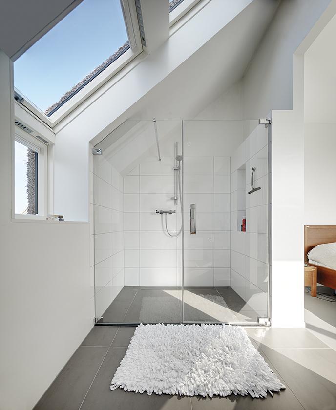 Attic Bathroom: Interiors In The Attic