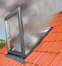 Smoke ventilation window fsp p1 fakro for Vasistas fenetre